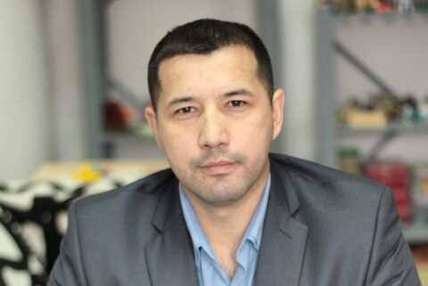 Азат Камалиев